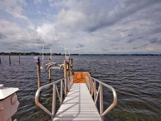 180 Degree Water View; Dock To Ocean;