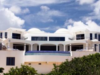 Stunning Contemporary Oceanfront Villa, Shoal Bay Village