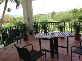 A quiet and private getaway with stunning views!!!, Vieques