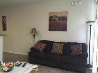 3 bedroom Townhouse close to Disney, Kissimmee