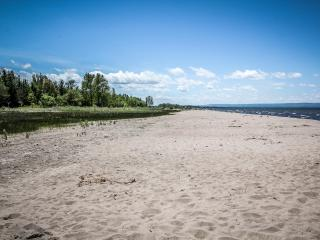 Beach Getaway, Wasaga Beach