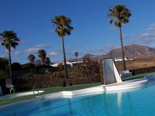 Villa Joyosa  Private Terraces Town & Beach very nearby