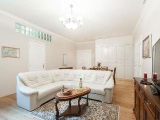 Krakovska apartment in Nove Mesto {#has_luxurious…