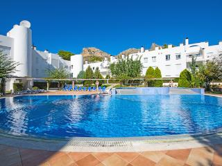 3 bed Apartment less than 100m from beach with WIFI, Port de Pollenca