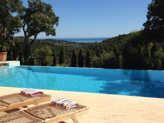 Contemporary Villa facing Golf of St Tropez, Port Grimaud
