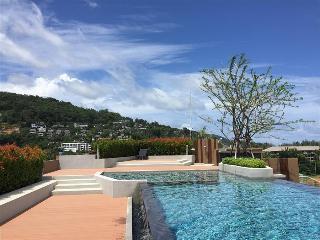 Surin beach condominium with pool, gym, restaurant and bar! 703