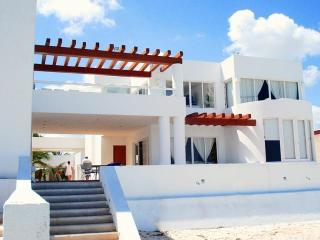 Casa Menrique's