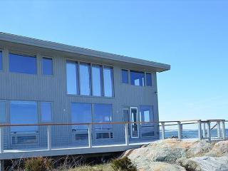 Point of View: Amazing beachfront home between Wingarsheek and Coffins beach, Gloucester