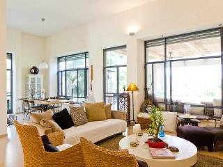 Villa Chill  Out, Hod Hasharon