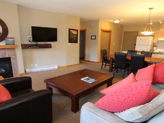 Fantastic 2 Bedroom Condo with Excellent Amenities, Canmore
