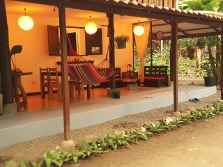 Great Location! 2 Bedroom House in Santa Teresa