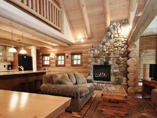 Fernie Snow Creek Cabins 2 Bedroom + Loft Cabin