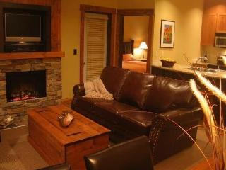 Fernie Timberline Lodge 1 Bedroom Platinum Suite