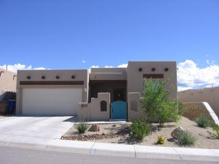 4 Yr. Old 2 Bedroom House w/ Mountain View, Las Cruces