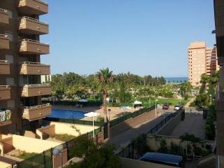 "Apartamento, 2 dormitorios en Marina d""or. Oropesa"
