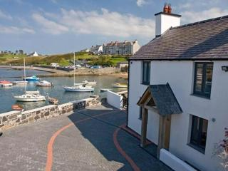 Ty Lawr, Cemaes Bay