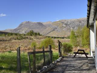 Cairn Shiel - Magnificent Torridon views, Kinlochewe