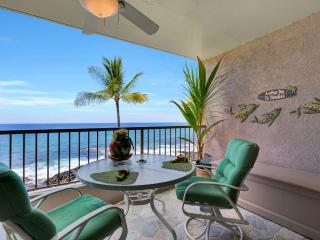 Kona Reef Oceanfront condo! NO Traveler Fees!, Kailua-Kona