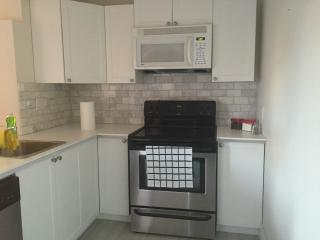 Gorgeous Golden Square Mile 1 Bedroom, Montreal