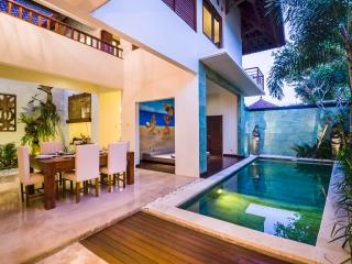 Villa Shakti II,500m from the beach