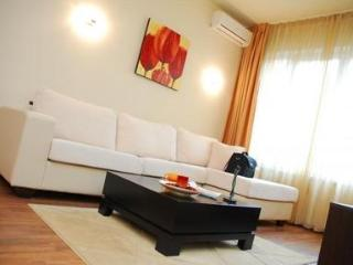 Stylishly furnished apartment in the heart of Sofia - 1771, Sofía
