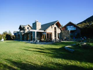 Luxury, class and solitude, the ultimate escape, Wanaka