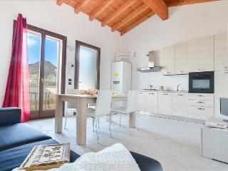 Brend new studio w/stunning view, Monte Isola