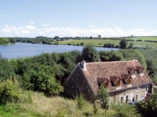 moulin fouche a medieval watermill to a lake, Arnay-le-Duc