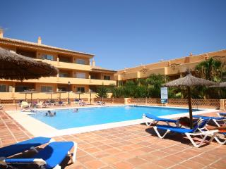 1875 - 3 bed apartment, Los Patios de Santa Maria, Elviria