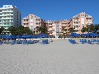 Beachfront  Apartment Golem Durres