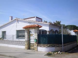 A 750m de la plage, agréable villa  6P, L'Escala