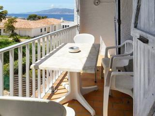 Well-located flat with balcony, Grosseto Prugna