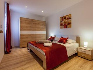 Luxury apartment in Split - Sunny Garden A2