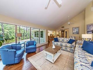 Slack Tide 6, 4 Bedrooms, Lagoon View, Pet Friendly, Sleeps 11, Hilton Head