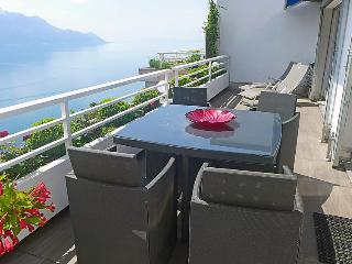 2 bedroom Apartment in Montreux, Vaud, Switzerland : ref 5061129