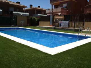 Unifamiliar para dos familias con piscina, Cambrils