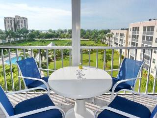 Peaceful, west-facing condo w/ hot tub, heated pool & short walk to beach