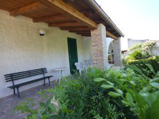 Casa Vacanze Villa Fontane Bianche a pochi passi dalla spiaggia bianca accanto
