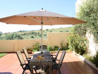 House with large terrace, 500m from beach