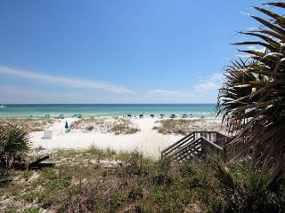 FUN 1 BR Condo~Across from bch access~LOWEST Rates of the Fall/Winter Season!, Miramar Beach