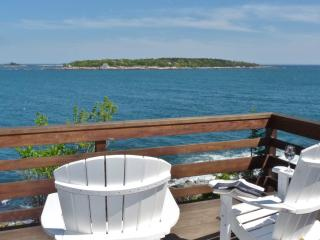 Heron's Nest: Gorgeous Oceanfront Last Minute Deal, Boothbay