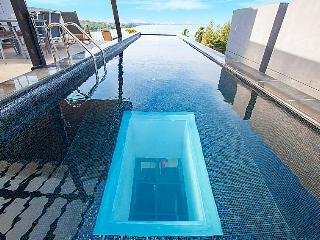 Phuket Holiday Villa 3301