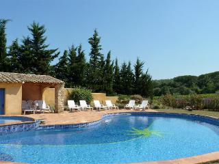 Mûrier, 4 personnes dans grand mas avec piscine, Suze-la-Rousse