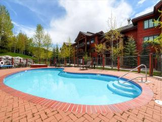 Emerald Lodge pool - ONE of the many available