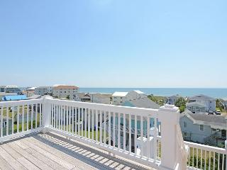 Sweet Carolina- Spacious and comfortable duplex with great ocean & sound views