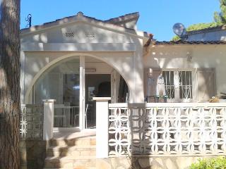 Villa de charme 6P , jardin privé, _850M plage, L'Escala