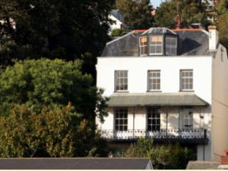 Lammas Park House B&B-The Henley Suite
