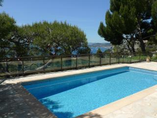 Villa avec piscine et vue sur mer proche de Monaco