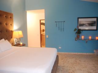 E&J Residences-Sosua Affordable Ocean View Suites, Sosúa