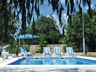 Absolutely Fabulous Private Pool Property for 6, Trilj
